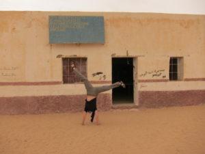 Bibliteoteca escolar en Smara, campamento de refucgiados saharauis en Argelia