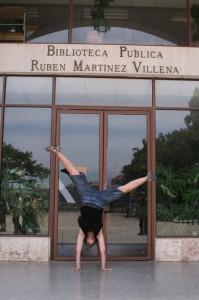 Biblioteca Rubén Martínez Villena (Habana, Cuba)