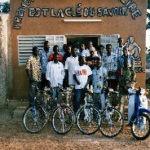 Libros a golpe de pedal en Burkina Faso