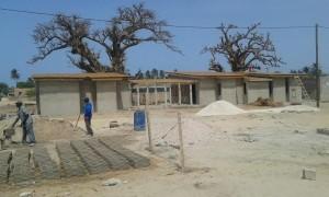 Construcción de la Bibliotheque Nelson Mandela en Palmarin (Senegal)