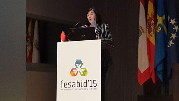 Glòria Pérez-Salmerón anunciando FESABID17
