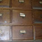 Sobre la uniformidad de los nombres de los autores