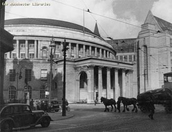Biblioteca de Manchester, la primera biblioteca pública de Reino Unido