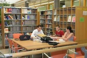estudiante- biblioteca