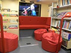 Interior de un bibliobús de Finlandia