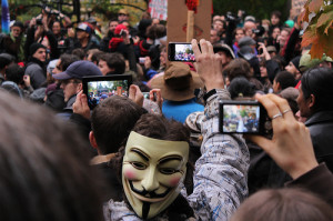 Revolución digital (Ramtin Amiri)