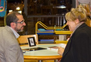 Biblioteca Humana Café con Autor CDS