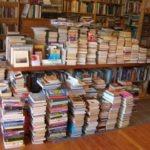 Puesto ambulante de libros