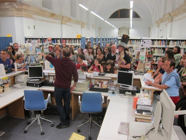 Visita guiada nocturna en la BPE de Zamora, con motivo del Día de la Biblioteca 2014