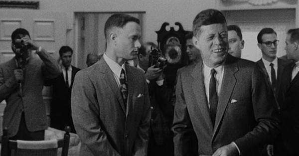Forrest Gump conociendo a John F. Kennedy