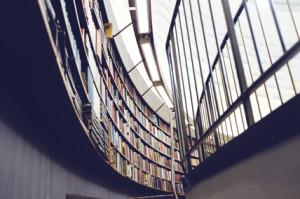 Bibliotecas como almacenes de libros o como lugares de préstamo