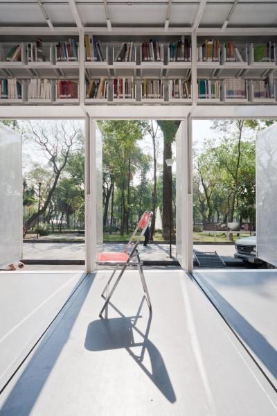Interior bibliobus A47M