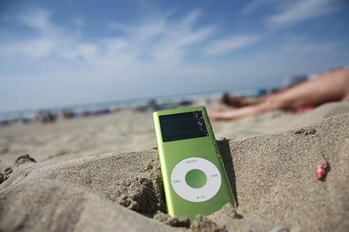 Caprichos del verano: canciones bibliotecarias que nos salvarán mañana