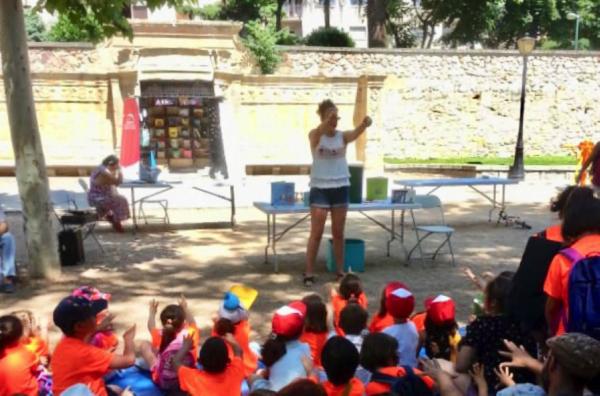 Una biblioteca en el parque Rebeca Martín García